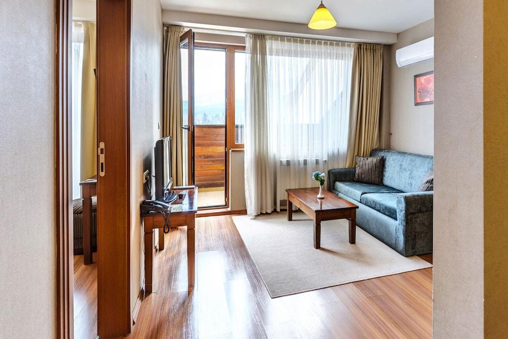 레그눔 반스코 호텔 & 스파(Regnum Bansko Hotel & Spa) Hotel Image 22 - Guestroom