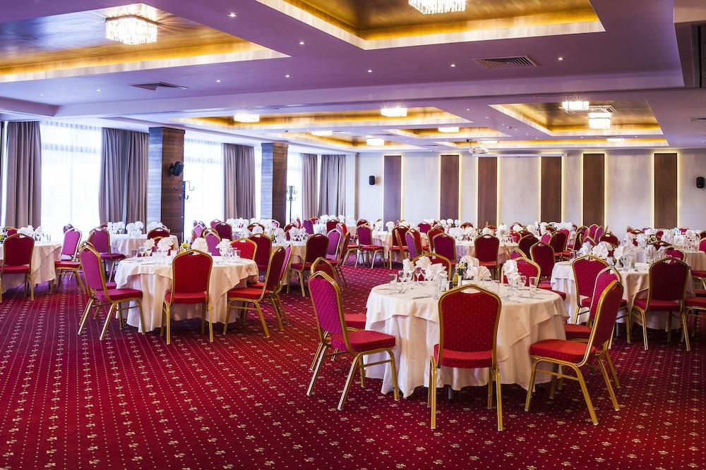 레그눔 반스코 호텔 & 스파(Regnum Bansko Hotel & Spa) Hotel Image 75 - Banquet Hall