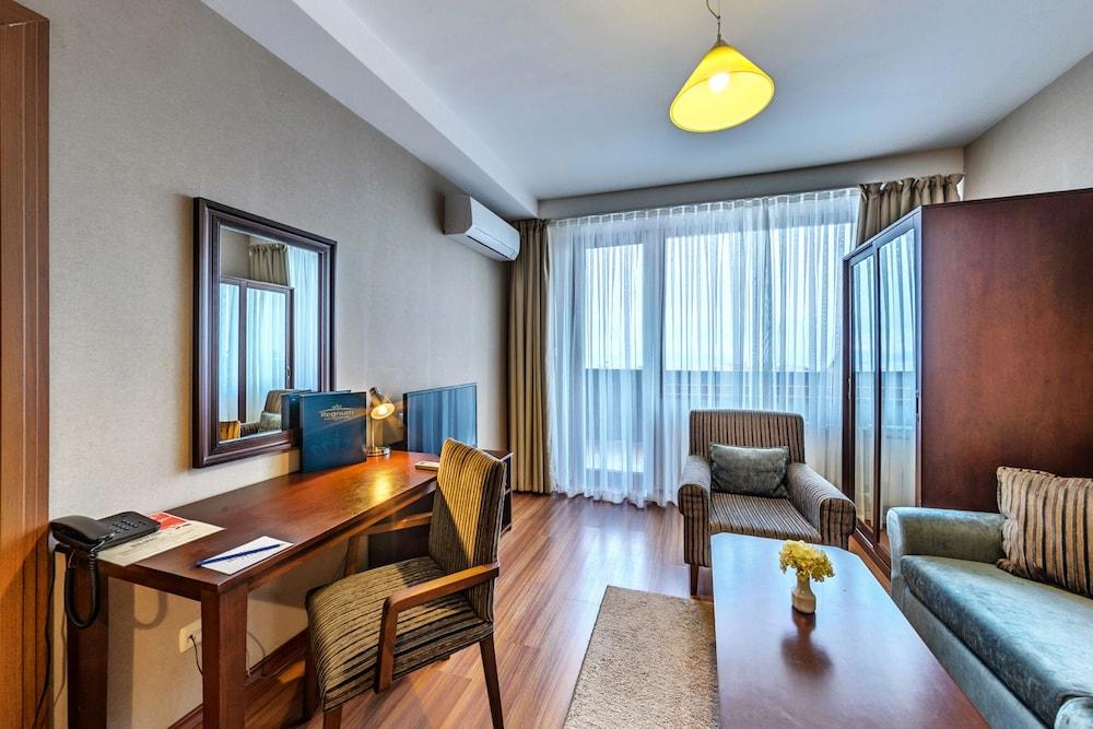 레그눔 반스코 호텔 & 스파(Regnum Bansko Hotel & Spa) Hotel Image 30 - Guestroom