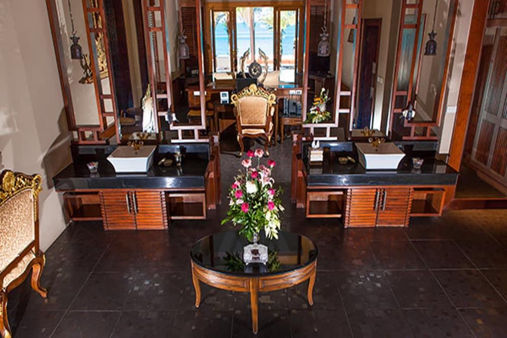아마타라 푸라 풀 빌라스(Ammatara Pura Pool Villas) Hotel Image 24 - 거실 공간