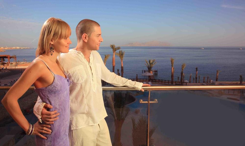 익스피리언스 시 브리즈 리조트(Xperience Sea Breeze Resort) Hotel Image 24 - Terrace/Patio