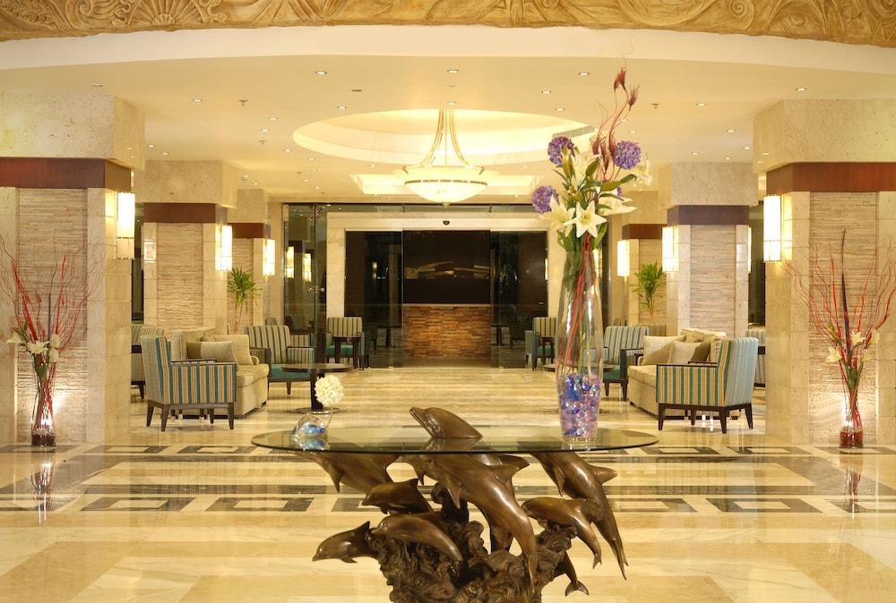 익스피리언스 시 브리즈 리조트(Xperience Sea Breeze Resort) Hotel Image 1 - Lobby