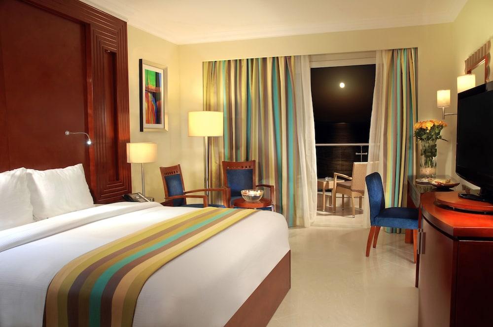 익스피리언스 시 브리즈 리조트(Xperience Sea Breeze Resort) Hotel Image 3 - Guestroom