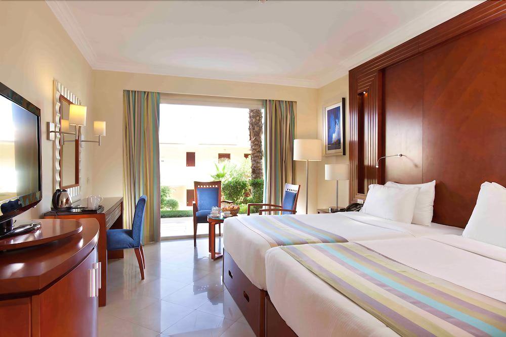 익스피리언스 시 브리즈 리조트(Xperience Sea Breeze Resort) Hotel Image 6 - Guestroom