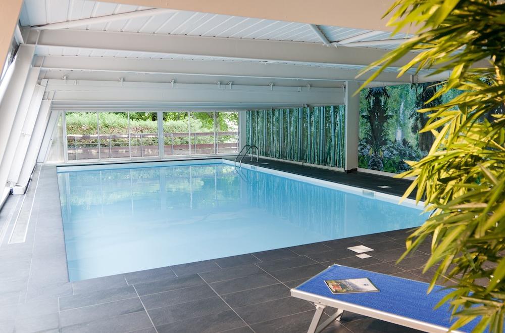호텔 클럽 mmv 르 몽트 비앙코(Hôtel Club mmv Le Monte Bianco) Hotel Image 13 - Indoor Pool