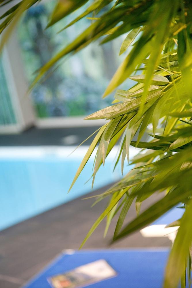 호텔 클럽 mmv 르 몽트 비앙코(Hôtel Club mmv Le Monte Bianco) Hotel Image 15 - Outdoor Pool