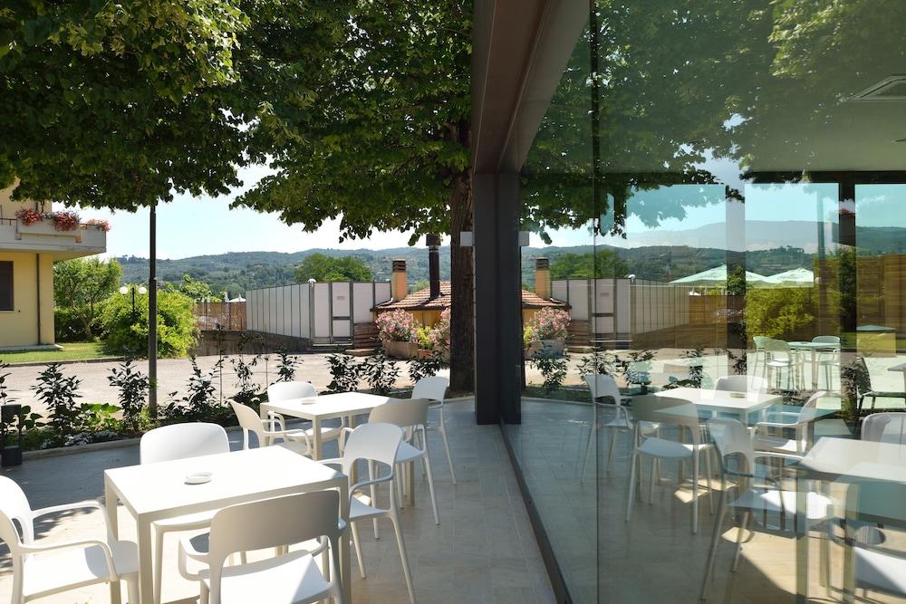 호텔 리스토란테 단테(Hotel Ristorante Dante) Hotel Image 25 - Garden