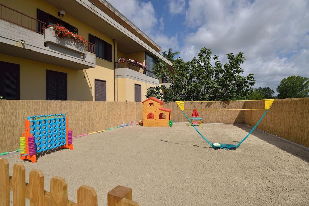 호텔 리스토란테 단테(Hotel Ristorante Dante) Hotel Image 2 - Pool