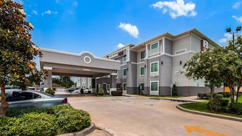 Best Western Plus Chalmette Hotel photo