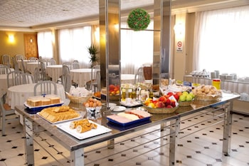 Hotel Tortosa Parc - Breakfast Area  - #0