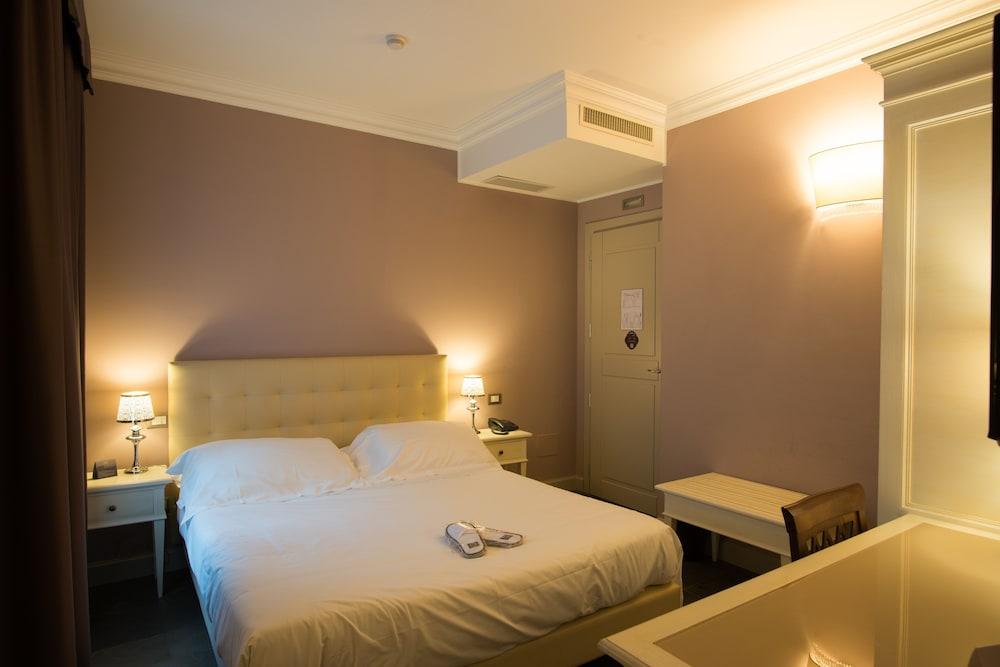 팔라초 데이 메르칸티 - 디모라 스토리카(Palazzo dei Mercanti - Dimora Storica) Hotel Image 9 - Guestroom