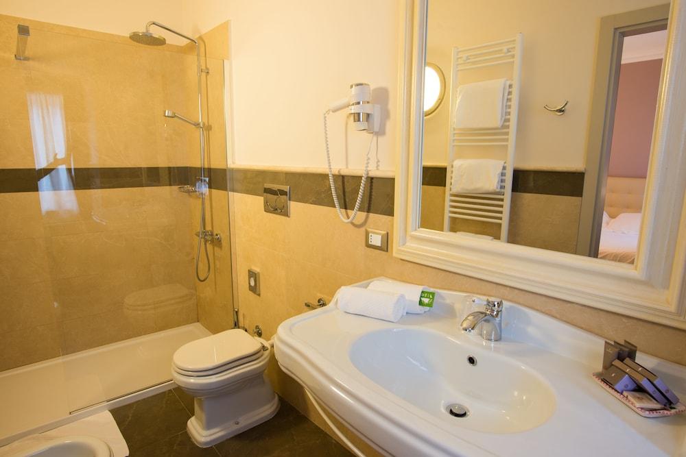 팔라초 데이 메르칸티 - 디모라 스토리카(Palazzo dei Mercanti - Dimora Storica) Hotel Image 26 - Bathroom