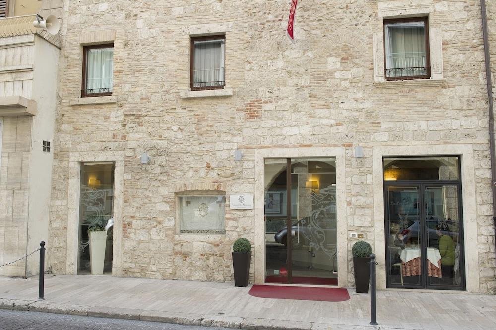 팔라초 데이 메르칸티 - 디모라 스토리카(Palazzo dei Mercanti - Dimora Storica) Hotel Image 0 - Featured Image