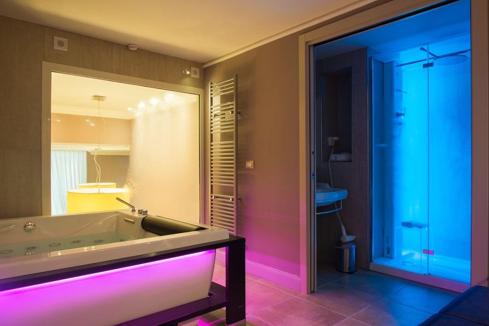 팔라초 데이 메르칸티 - 디모라 스토리카(Palazzo dei Mercanti - Dimora Storica) Hotel Image 27 - Bathroom