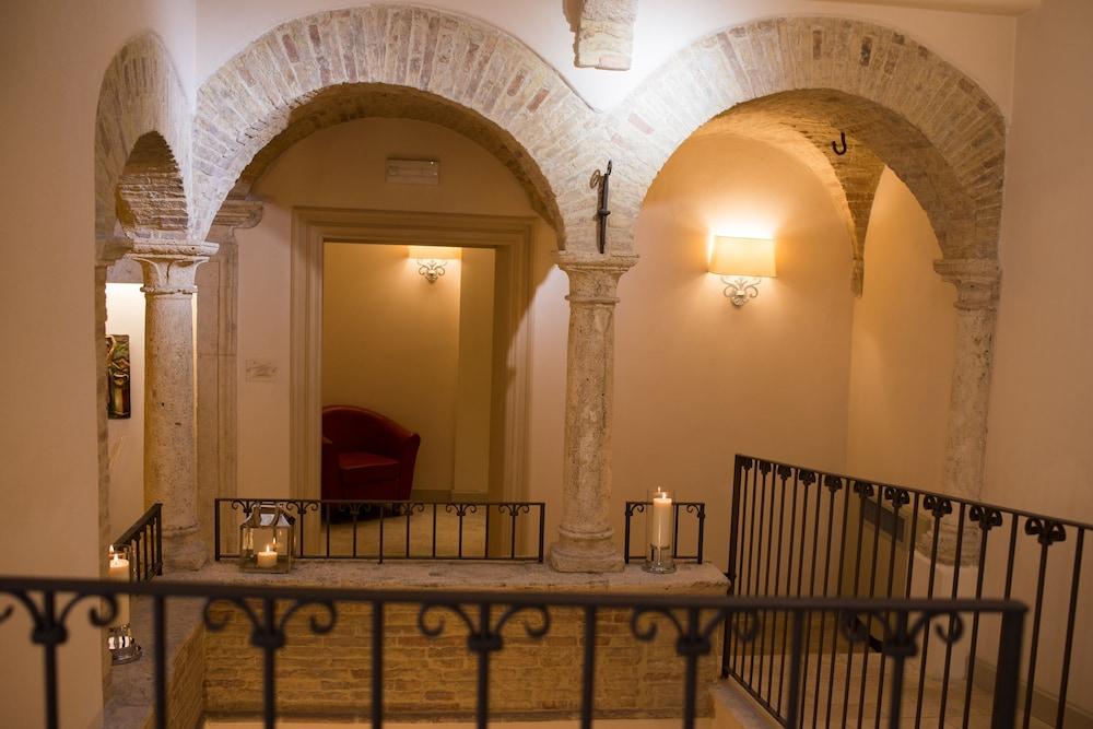 팔라초 데이 메르칸티 - 디모라 스토리카(Palazzo dei Mercanti - Dimora Storica) Hotel Image 52 - Hotel Interior