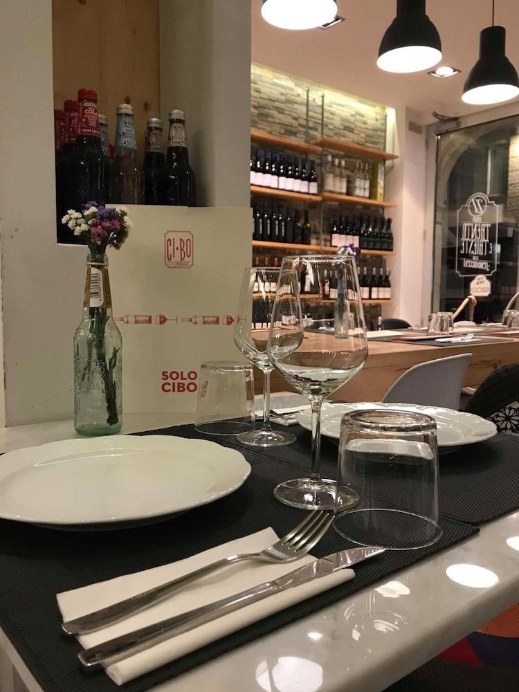 팔라초 데이 메르칸티 - 디모라 스토리카(Palazzo dei Mercanti - Dimora Storica) Hotel Image 48 - Food and Drink