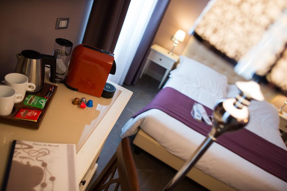 팔라초 데이 메르칸티 - 디모라 스토리카(Palazzo dei Mercanti - Dimora Storica) Hotel Image 22 - In-Room Coffee