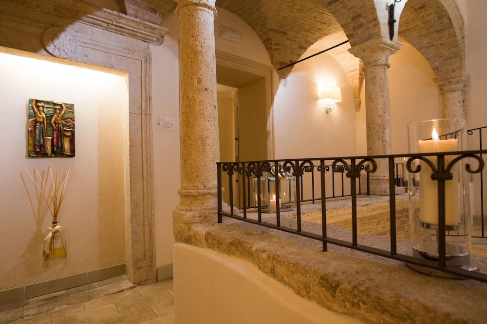 팔라초 데이 메르칸티 - 디모라 스토리카(Palazzo dei Mercanti - Dimora Storica) Hotel Image 53 - Hotel Interior
