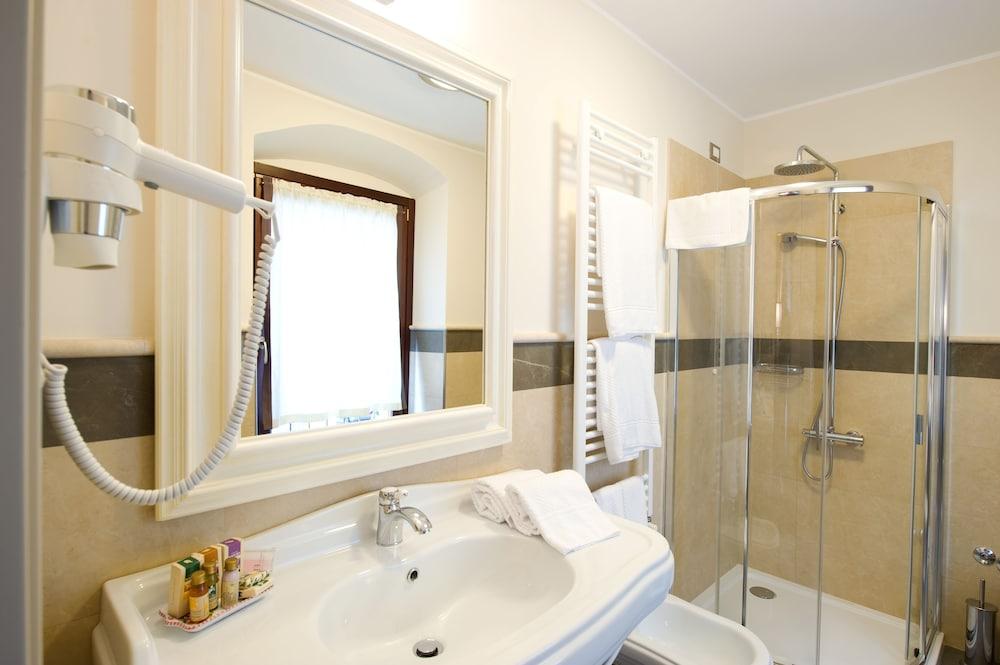 팔라초 데이 메르칸티 - 디모라 스토리카(Palazzo dei Mercanti - Dimora Storica) Hotel Image 24 - Bathroom