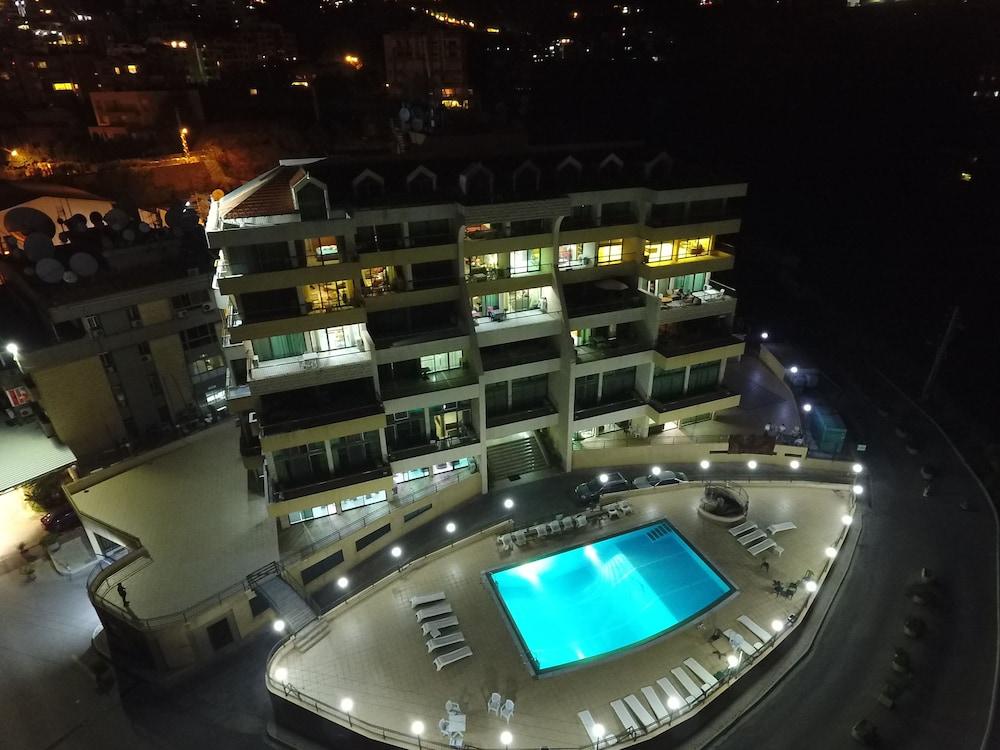 아드마 블루 스크린(Adma Blue Screen) Hotel Image 22 - Terrace/Patio