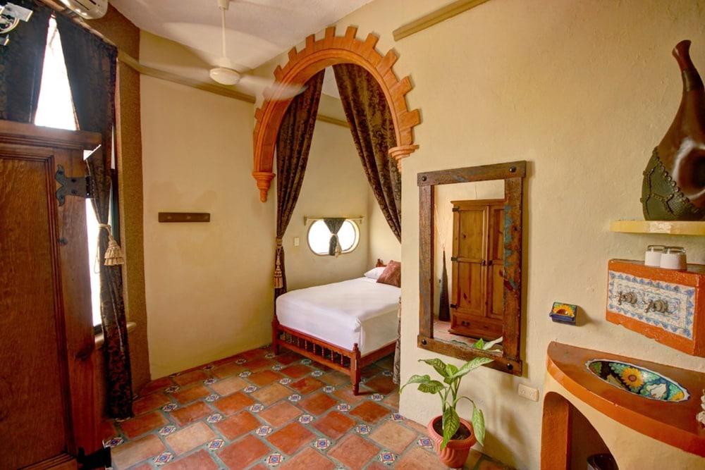 호텔 시엘로(Hotel Cielo) Hotel Image 5 - Guestroom
