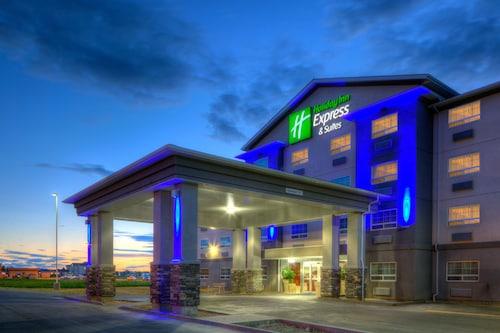 __{offers.Best_flights}__ Holiday Inn Express & Suites Dawson Creek
