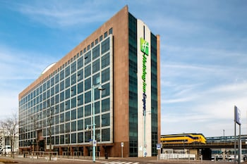 Holiday Inn Express Amsterdam - Sloterdijk Station