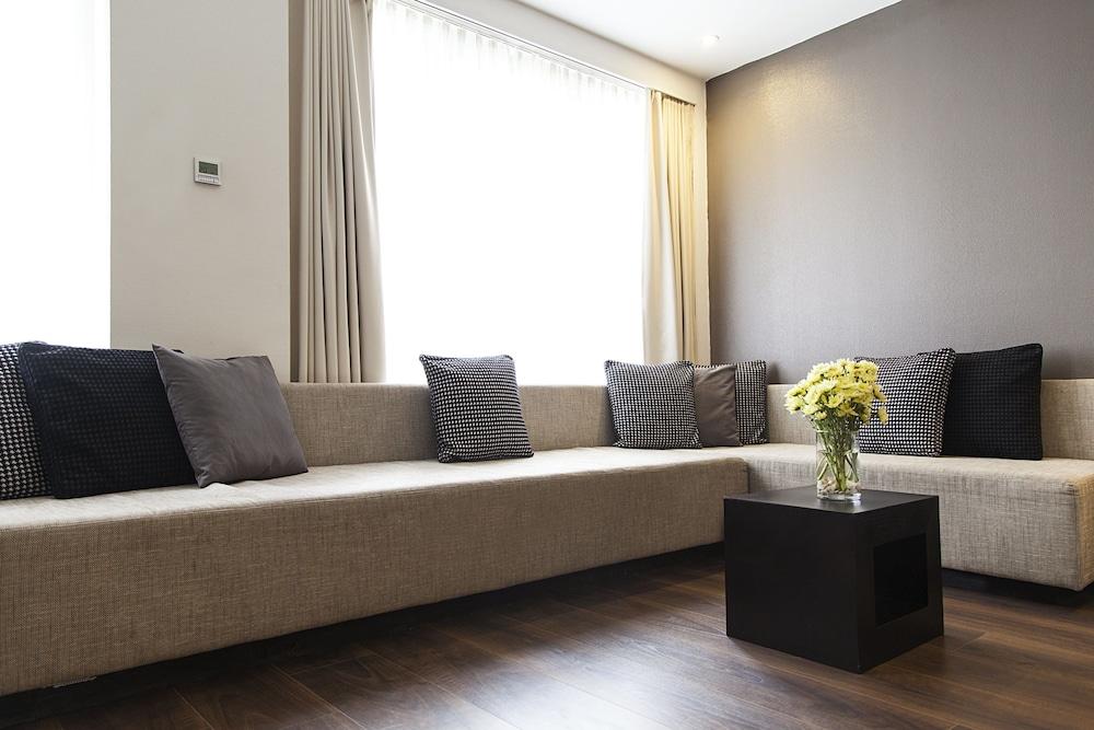 퀜틴 부티크 호텔(Quentin Boutique Hotel) Hotel Image 38 - Living Room