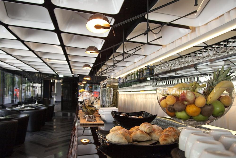 퀜틴 부티크 호텔(Quentin Boutique Hotel) Hotel Image 64 - Buffet