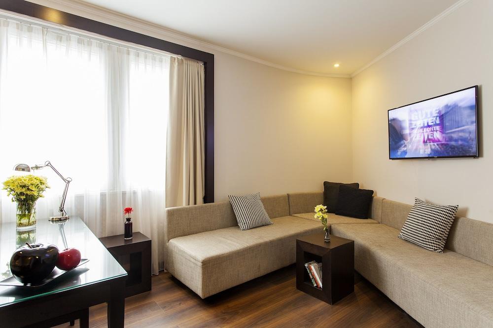 퀜틴 부티크 호텔(Quentin Boutique Hotel) Hotel Image 39 - Living Room