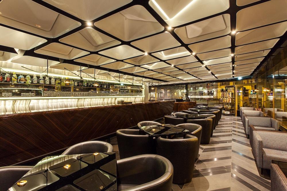 퀜틴 부티크 호텔(Quentin Boutique Hotel) Hotel Image 68 - Hotel Bar