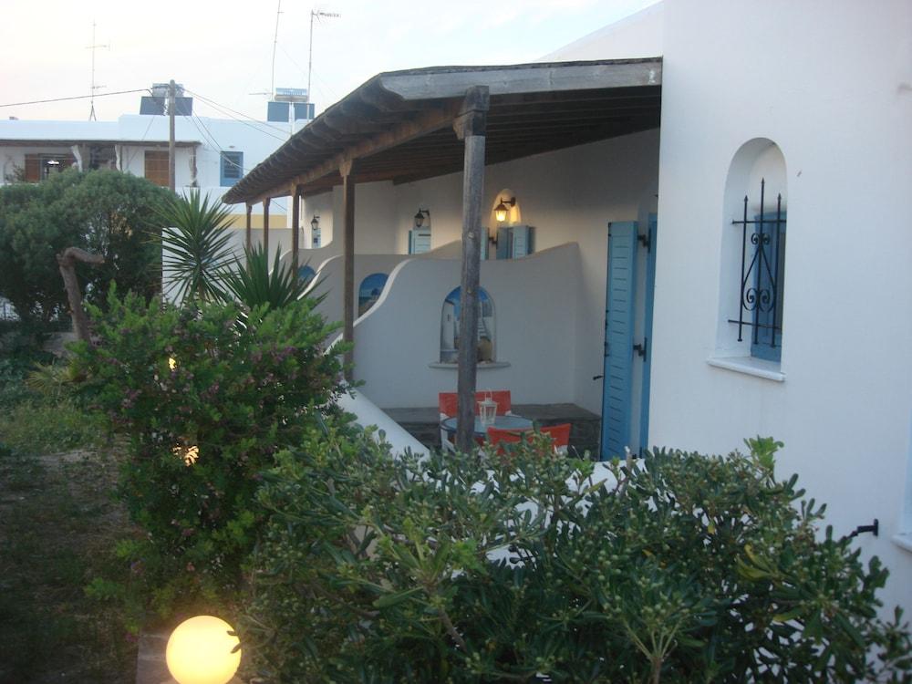 조셉 아파트먼츠(Joseph Apartments) Hotel Image 25 - Terrace/Patio