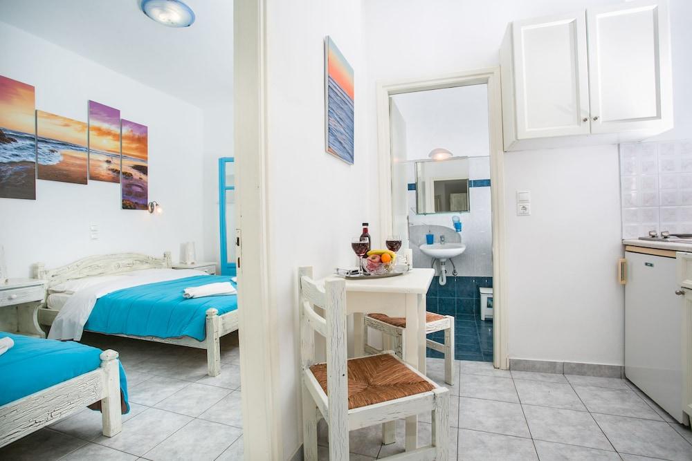 조셉 아파트먼츠(Joseph Apartments) Hotel Image 10 - Guestroom