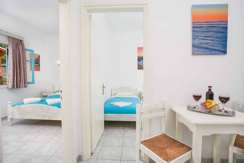 조셉 아파트먼츠(Joseph Apartments) Hotel Image 4 - Guestroom