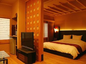 デラックス ダブルルーム 禁煙 専用バスルーム|90㎡|旅館 神仙