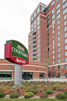 Hotel - Courtyard by Marriott Ottawa East