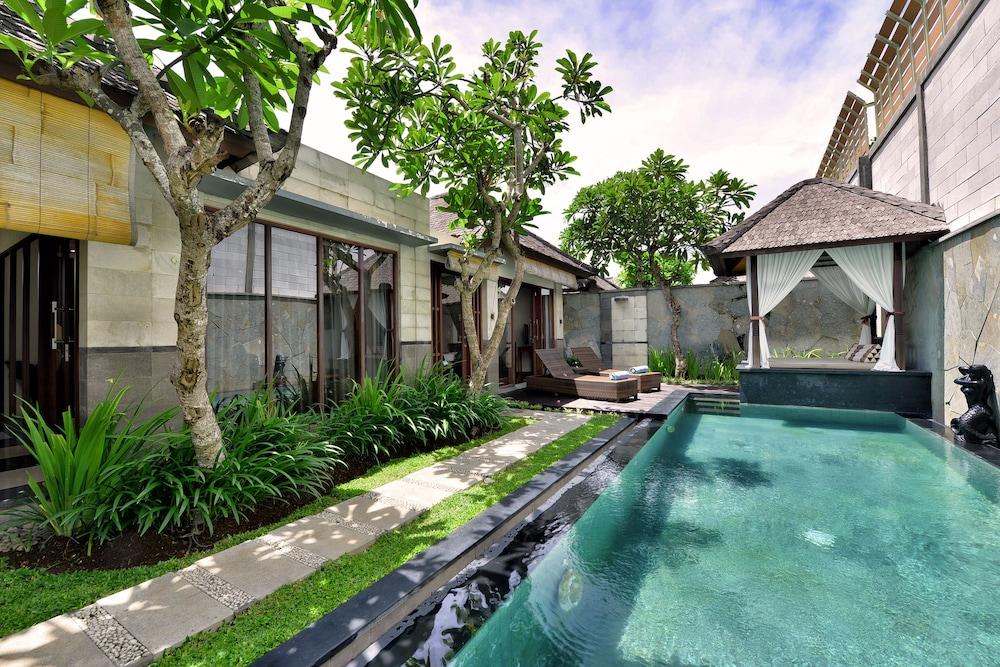 The Khayangan Dreams Villa, Seminyak