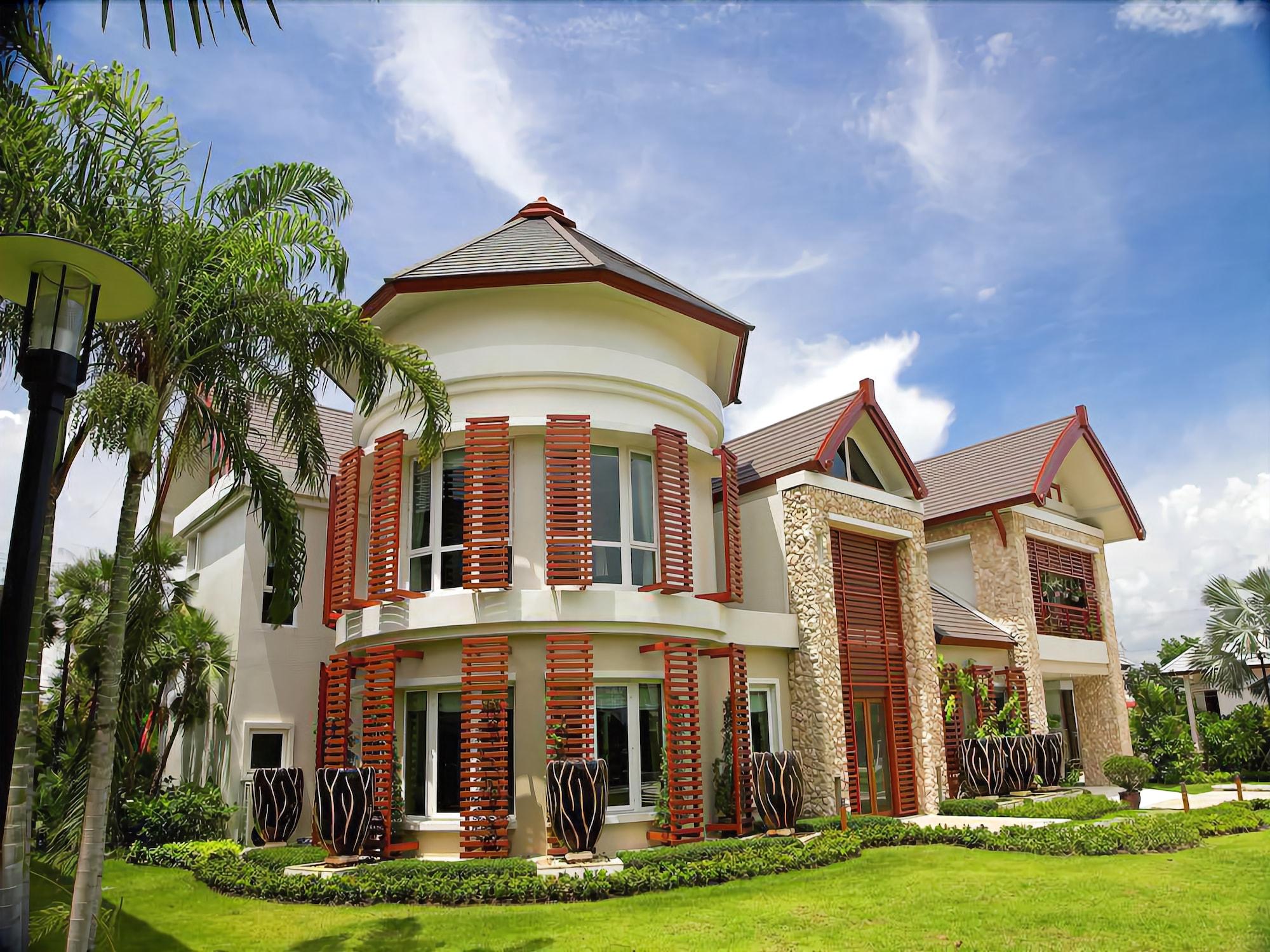 Royal Sammuk villas, Pattaya