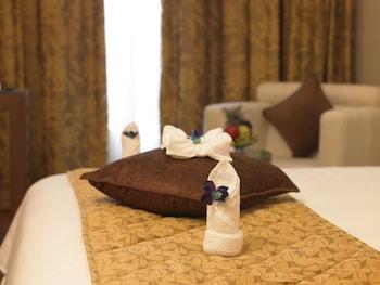 BluPetal - A Business Hotel - Guestroom  - #0