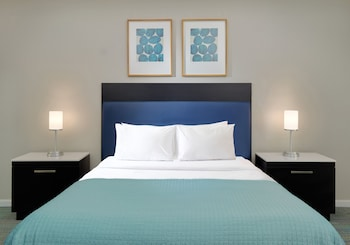 Guestroom at The Grove Resort Orlando in Winter Garden