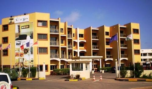 . Acacias Hotel