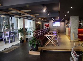 Guijo Suites Makati Dining