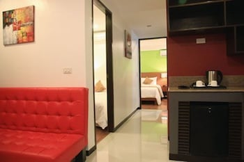 Guijo Suites Makati Room