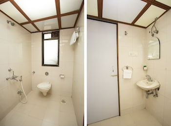Hotel J K Regency - Bathroom  - #0