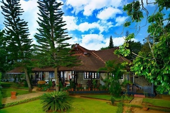 Hotel - KTDC Lake Palace Thekkady