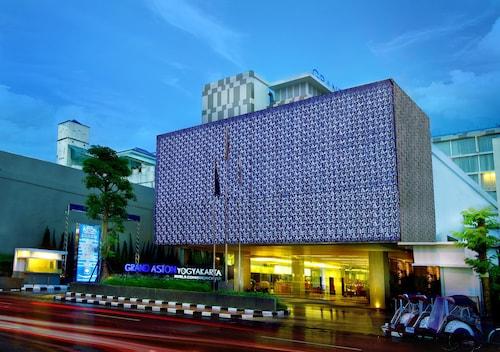 . Grand Aston Yogyakarta