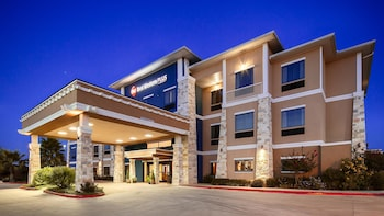 Hotel - Best Western Plus Lytle Inn & Suites
