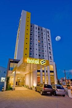 巴內阿里約坎博里烏斯拉維耶羅斯利姆飯店