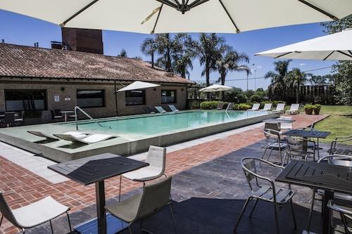 Holiday Inn Buenos Aires Ezeiza Airport, La Matanza