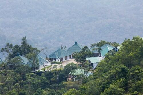 KTDC Golden Peak Ponmudi, Thiruvananthapuram